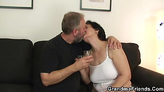 Hairy grandmother gets toyed before threesome