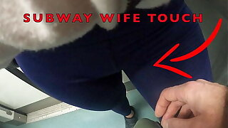 My Spliced Let Older Unknown Man to Touch her Pussy Debouch Over her Spandex Leggings in Underpass