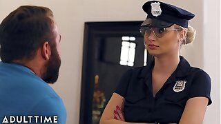 Stinking Fapping - Officer Natalia Starr Stinking Him With his Cock At large