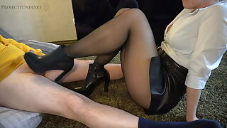 footjob in leather widely applicable and ankle boots - projectsexdiary